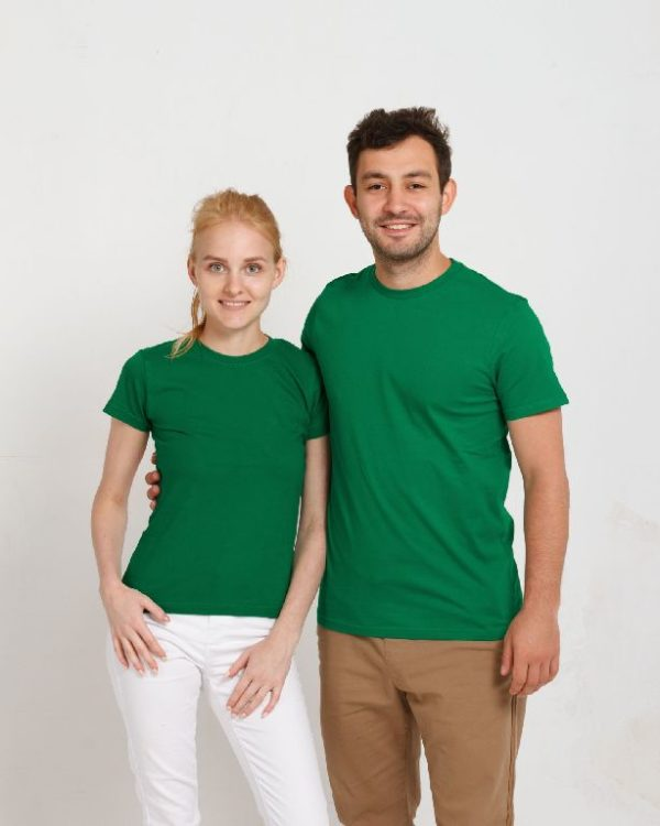 Футболка зеленая