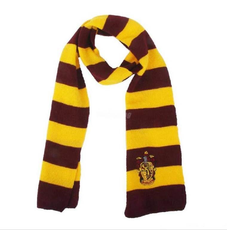 Вязаный шарф Премиум с вышивкой