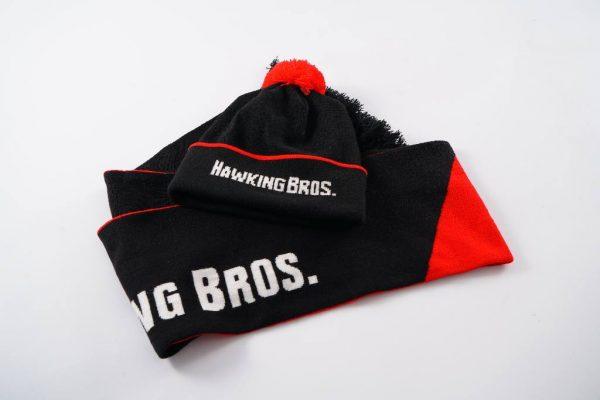 Вязаный комплект шарф и шапка