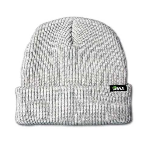 Жаккардовая этикетка на шапке